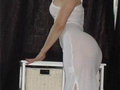 Andreea, 32 de ani – 162cm / 53kg
