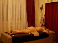 Matrimoniale bucuresti: Tinar dragut ofer masaj de relaxare si intretinere